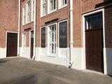Замена дверей и окон на центральном фасаде.