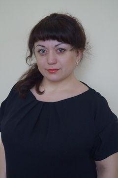 Давыдова Анжела Бежановна