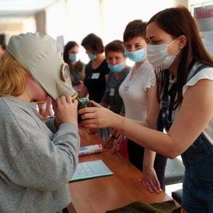 Тренировки  с работниками ГАПОУ СО «БПТ»  по развертыванию пункта выдачи СИЗ