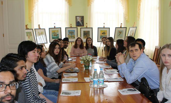 Экскурсия для иностранных студентов СГМУ