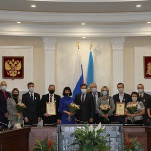 Награждение лауреатов премии имени М.В.Ломоносова