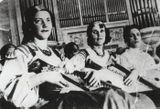 Оркестр кантеле на Декаде Карельского искусства в Ленинграде. 1937