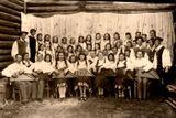 Ансамбль «Кантеле» в 1945 г. В первом ряду кантелистов первый слева — Тойво Вайнонен