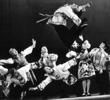 «Русский танец». Солист – Анатолий Выдрин