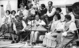 Паданская вокальная группа на ВДНХ СССР, 20 августа 1978 г. В центре — Максим Гаврилов