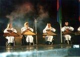 Выступление в Москве, начало 2000-х гг. Наталья Акулишнина на сцене — вторая слева