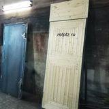 Дверь с фрамугой, обшита вагонкой