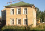 Дом № 9 по Неглинской набережной в квартале исторической застройки в г. Петрозаводск