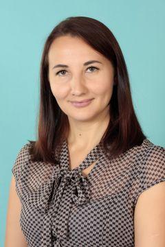 Гужова Анна Евгеньевна
