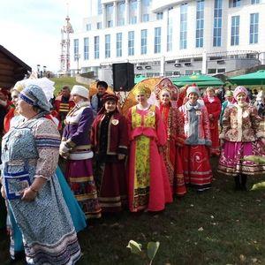 Праздник сарафана на Покровской ярмарке