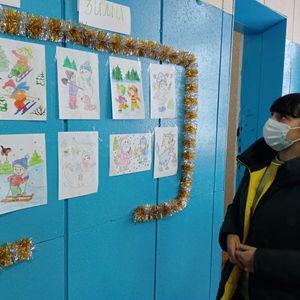 Выставка рисунков в Сухотинском СДК