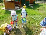 Территория детского сада должна быть чистой!