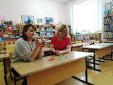 Как умелые ручки языку помогают