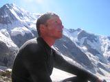 """Трудная работа. Лопатин Александр. Кавказ, Безенги. Номинация """"Люди на скалах и в горах"""""""