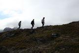 "По гребню. Головинова Евгения. Норвегия, Лофотены. Номинация ""Люди на скалах и в горах""."