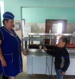 Интервью со школьным  поваром (в роли журналиста Дормидонтов Никита)