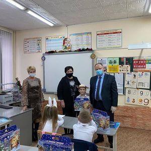 Новогодние подарки от губернатора Ставропольского края Владимира Владимировича Владимирова