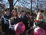 студенты на Марше памяти на День Победы 9 мая