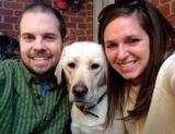 Это Келли и Зак Фурр, которые живут в Кентукки, США. И они любят фотографировать своих собак.