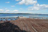 Расположение на берегу Онежского озера