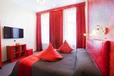 """Comfort Room """"Red"""""""